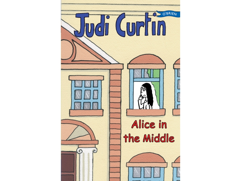 Alice In The Middle - Judi Curtin